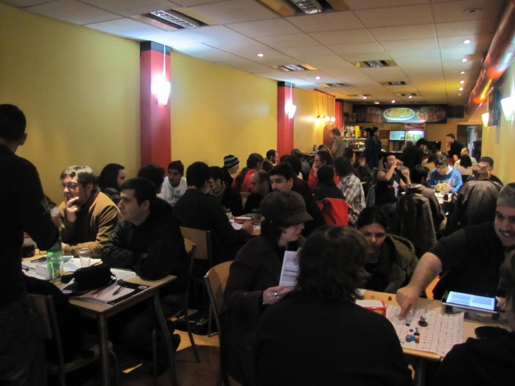 Club de Rol - Sociedad Nocturna cerca de las 18.00 horas.